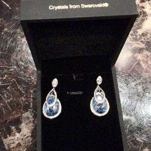 Jewelry - NEW earrings w crystals from Swarovski